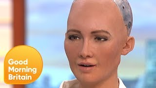 Humanoid Robot Tells Jokes on GMB! | Good Morning Britain thumbnail