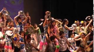 Repeat youtube video Satrangi School Of Fusion Winter Manmohini 2013
