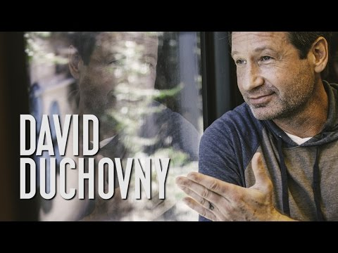 "David Duchovny ""Another Year"" - A Red Trolley Show (live performance)"