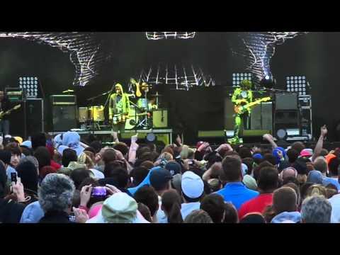 Brand New--Sic Transit Gloria ... Glory Fades--Live @ Bamboozle in Asbury Park NJ 2012-05-21