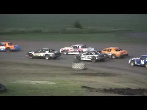 IMCA Stock Car feature Benton County Speedway 6/5/16