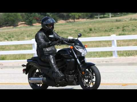 Automatic Transmission Motorcycle >> 2014 Honda Ctx700 Motorcycle Automatic Transmission Youtube