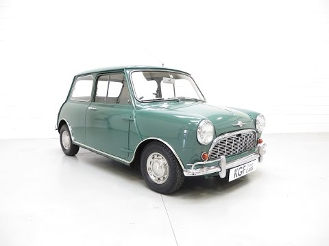 Impeccable Morris Mini Minor Super-de-Luxe with Only 36,584 Miles and Low Owners - SOLD
