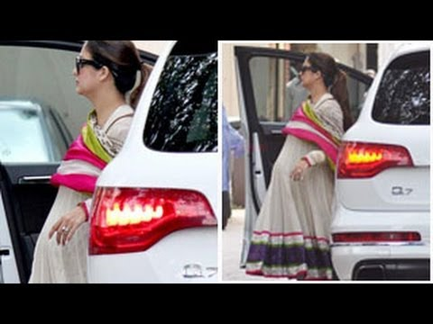 Amrita Arora shows BABY BUMP