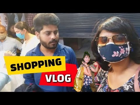 Shopping Vlog | Hazratganj Lovelane Market | The Casting Zoya