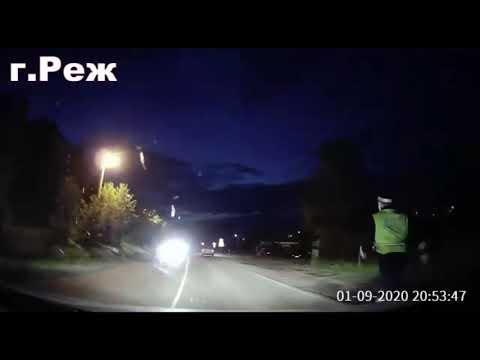 От автоинстпекторов в Реже укатился патрульный автомобиль