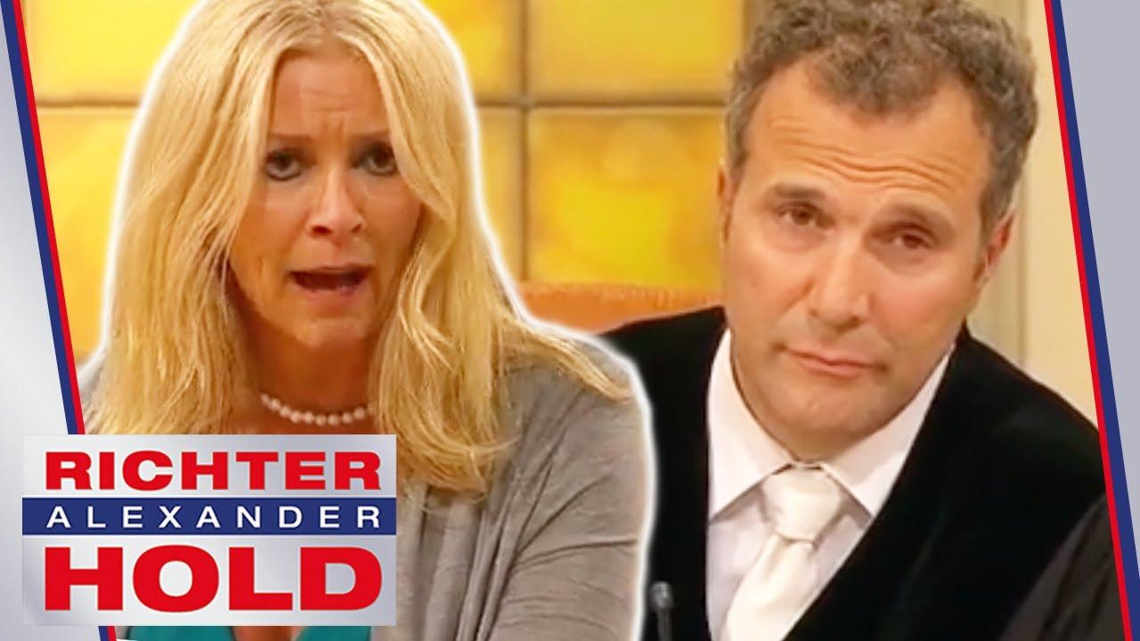 Mutter brüllt Tochter an! Ist Rabea die Täterin? | 2/2 | Richter Alexander Hold | SAT.1