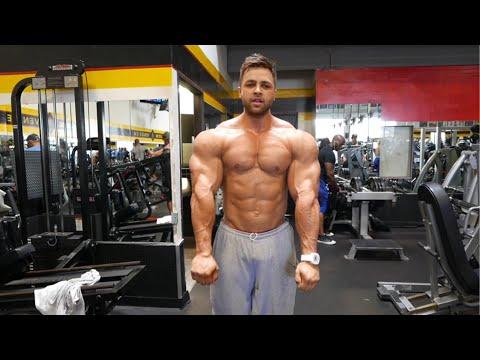 BODYBUILDING MOTIVATION QUADS AND ARM WORKOUT | REGAN GRIMES 5 DAYS OUT