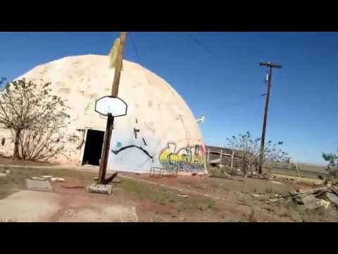 ABANDONED!!! Meteor City Trading Post!! Everything left behind... Route 66!!