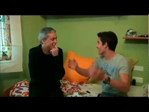 El convidat (Albert Om), amb Marc Márquez.