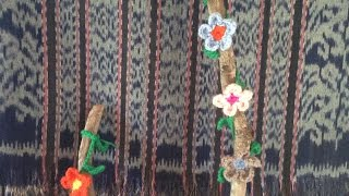How To Make A Beautiful Crochet Flowering Branche - Diy Diy Tutorial - Guidecentral