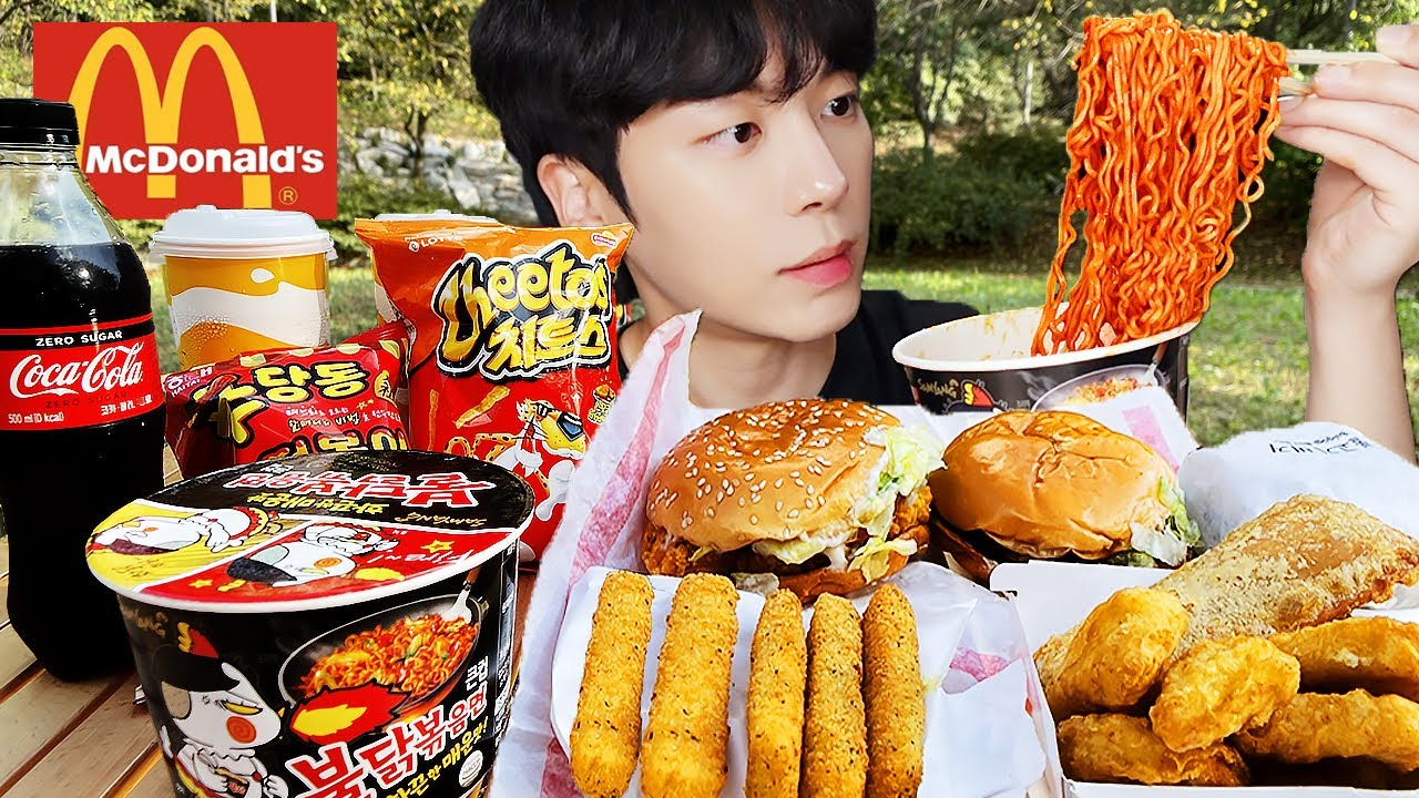 ASMR MUKBANG | 직접 만든 치즈 불닭볶음면 햄버거 치즈스틱 먹방 FRIED CHICKEN AND FIRE NOODLES EATING
