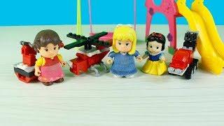 Heidi Clara Pamul Prenses Parkta Oyuncaklar ile Oynuyorlar Heidi'nin Uçağı Nasıl? Çizgi Film