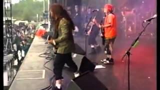 banda brasileira sepultura ao vivo com max e igor cavalera.