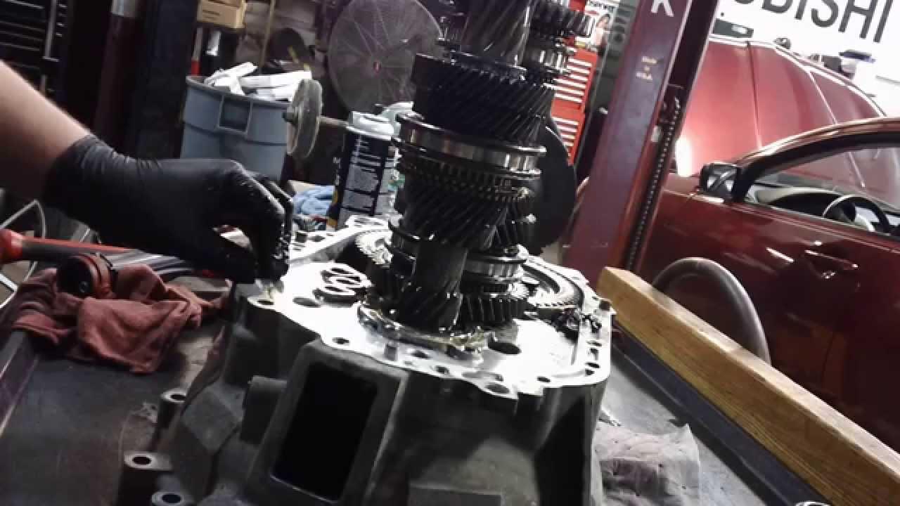 Mitusbishi 4G Eclipse Transmission Repair of Input Shaft Bearing  YouTube