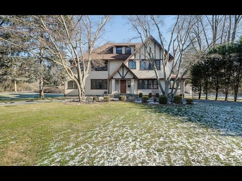 Real Estate Video Tour | 5 Overlook Rd, New Rochelle, NY 10804 | Westchester County, NY