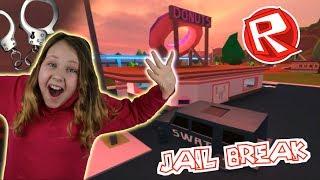 ROBBING A DONUT STORE!! Roblox Jailbreak - Rube Ruby