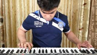Kyun Aaj Kal Neend Kam Khwaab Jyada Hai.....Woh Lamhe / Instrumental piano