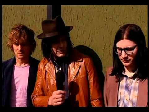 The Raconteurs   Wireless Festival Interview