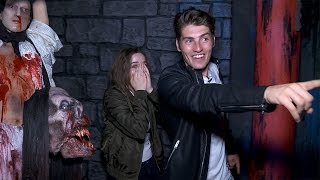 Video Gregg Sulkin & Joey King's Knott's Scary Farm Nightmare download MP3, 3GP, MP4, WEBM, AVI, FLV Oktober 2018