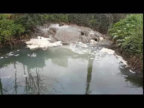 Denuncian un vertido en las aguas del Gafos desde noviembre