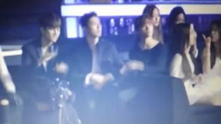 iKON react to Red Velvet Dumb Dumb at Melon Music Award MMA 2015