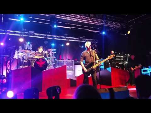 The Stranglers - 5 Minutes @ The Engine Shed, Lincoln 7th March 2017
