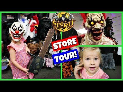SPIRIT HALLOWEEN STORE TOUR 2017!