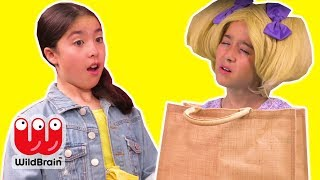 Magic Shopping Bag 🛍️ Esme Gets Stuck Inside! - Princesses In Real Life | WildBrain Kiddyzuzaa