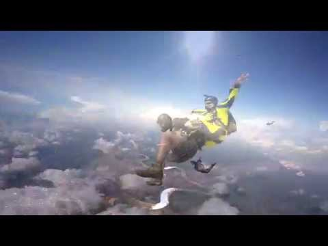 SKYDIVE IQUITOS - Oct 2015