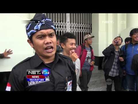Aksi Pungut Sampah di Bandung Dukung KAA - NET24