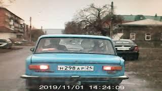 В Минусинске пешеход пострадал из-за столкновения автомобилей