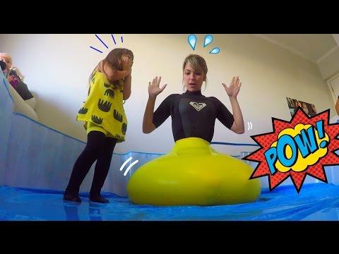 Entrei no Balão Gigante de Água Kelly Maria...