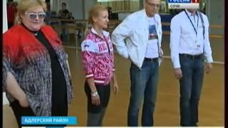Татьяна Волосожар и Максим Траньков отбирают детей для сочинской школы фигурного катания