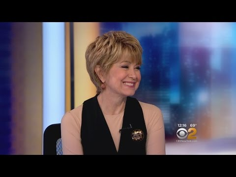 Jane Pauley Stops By