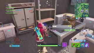 Fortnite battle royal season 9 trying to get people a win