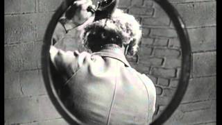Marx Brothers (1949) Love Happy [magic mirror]