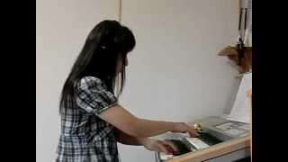 NHK朝ドラ「梅ちゃん先生」の挿入曲を、耳コピして弾いてみました。 サ...
