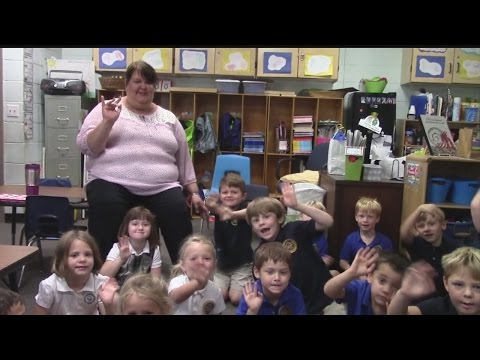 Rob Fowler visits the Kindergarten at Charleston Collegiate School