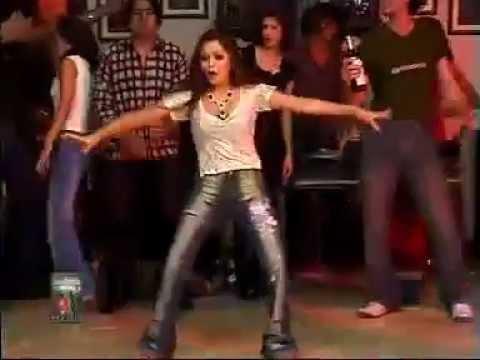 Pakistani University Girl Dance With MAHI MAHI MENU CHALA PAWA DE   YouTube