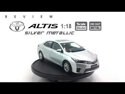 โมเดลรถ TOYOTA Altis 2014 (Silver Metallic) ขนาด scale 1:18