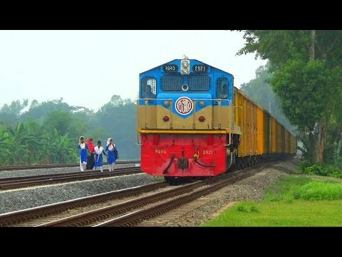 Yellow Freight Train (BC/Bogie cover) passing Bangladesh Railways New Station Majhgram Junction