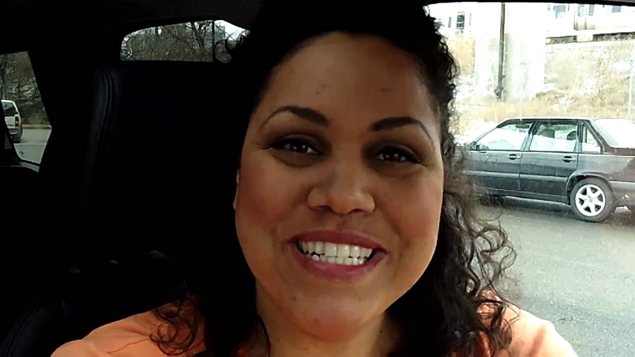 onstar miss lori demonstrates how to get your vehicle 39 s onstar phone number video youtube. Black Bedroom Furniture Sets. Home Design Ideas