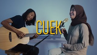 Download Rizky Febian - Cuek #GarisCinta (Cover by Anggun Putri)