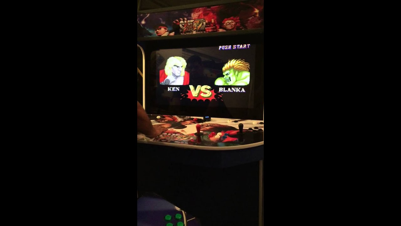 Super Street Fighter 4 Arcade Cabinet 40  LCD & Super Street Fighter 4 Arcade Cabinet 40