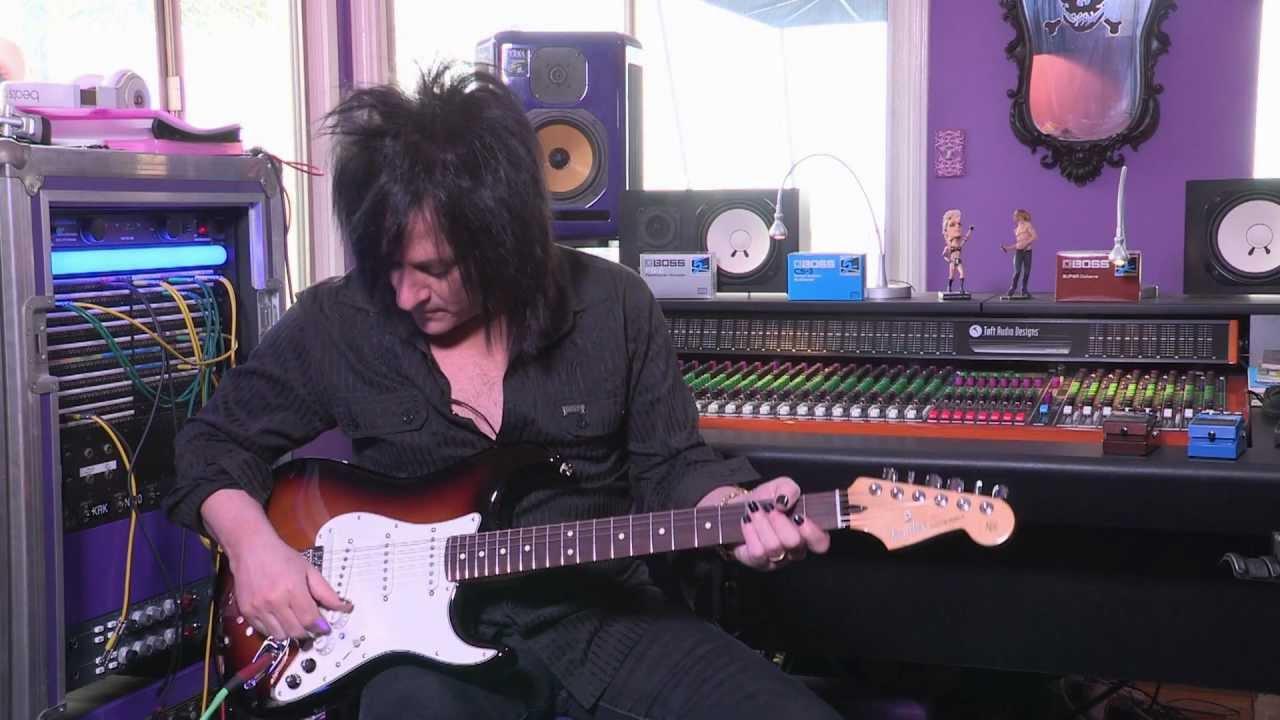 Fender G-5 VG Stratocaster - Roland Australia Blog on