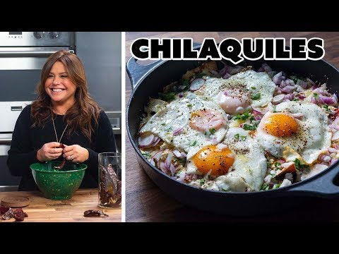 Rachael Ray Makes Chilaquiles | Food Network