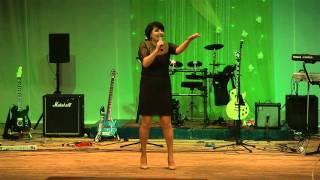 Камьянова Марина-На теплоходе музыка играет