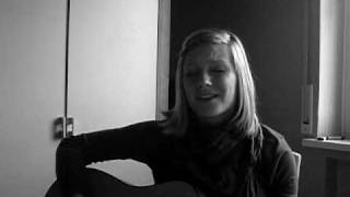 Amy Macdonald - Don't tell me that it's over (acoustic cover)