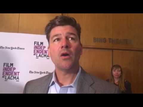 Kyle Chandler chats on the
